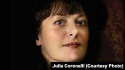 Джулия Коронелли