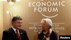Директор-розпорядник МВФ Крістін Лаґард і президент України Петро Порошенко