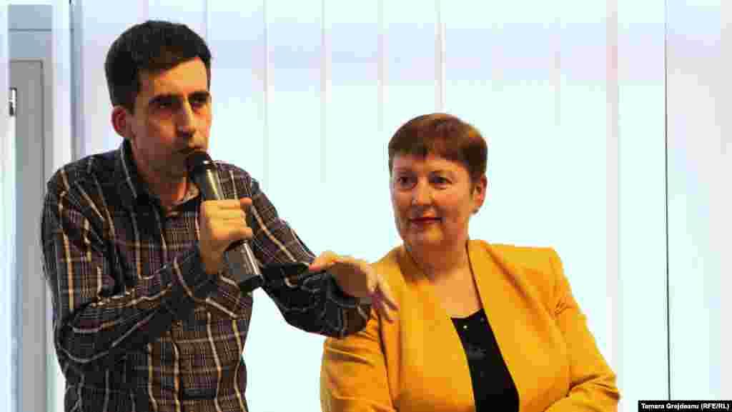 Jurnaliștii Valentina Ursu și Iulian Ciocan