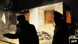 Кыргызские силовики во время операции по захвату подозреваемых в экстремизме. Январь 2011 года. Иллюстративное фото.