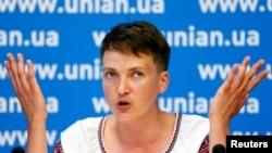 Ukraine -- Ukrainian pilot and MP Nadia Savchenko attends a news conference in Kyiv, August 2, 2016