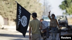 IS militants have carried out numerous attacks against Shi'ite civilians in both Iraq and Syria.