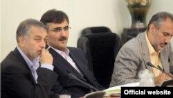 تصویر حمید پورمحمدی (نفر اول از راست) در نشست کارگروه توسعه صنعت پتروشيمی که از سوی سایت ریاست جمهوری ایران منتشر شده است.