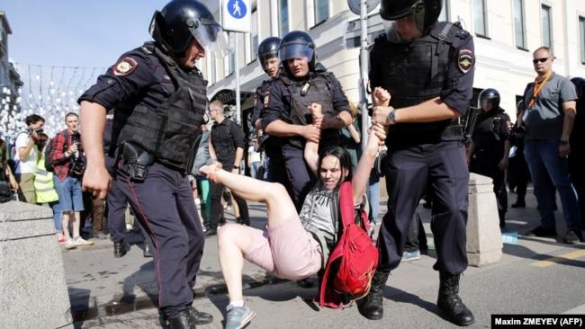 Акция в поддержку независимых кандидатов в Москве, 27 июля