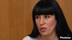 Секретарь фракции партии «Процветающая Армения» Наира Зограбян