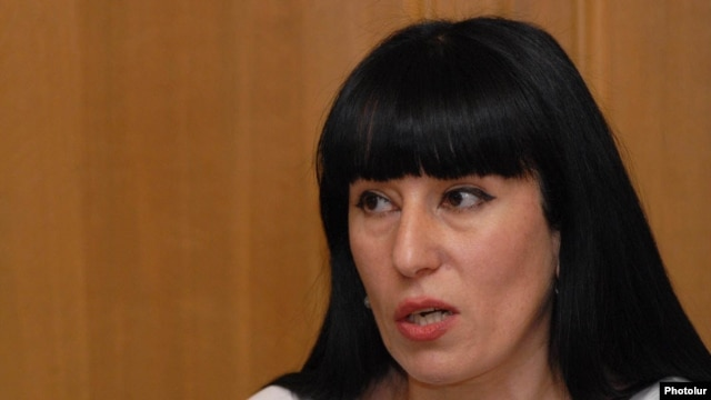 "Armenia -- Naira Zohrabian, MP from ""Prosperous Armenia"" party at a press conference, 29Jun2009"