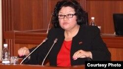 Депутат Жылдыз Жолдошева