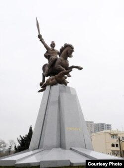 Koroğlunun heykəli, 21 fevral, 2012