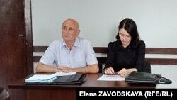 Леонид Лакербая и его адвокат Анна Званбая