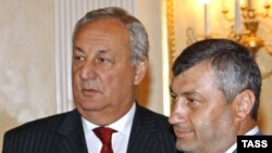 Sergei Bagapsh and Eduard Kokoity (right), self-styled presidents of Abkhazia and South Ossetia, in Moscow on August 14