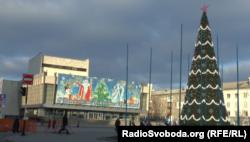 «Головна» ялинка окупованого Луганська