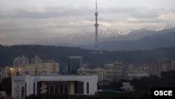 Вид на Алматы с гор.