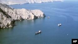 کشتیهای نفتکش در تنگه هرمز