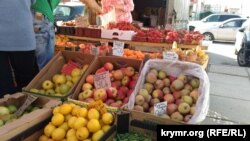 Полуниця в Криму – від 350 російських рублів за кілограм (майже 6 доларів) станом на середину травня