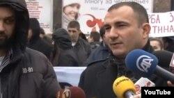 Претседателот на политичката партија Достоинство Стојанче Ангелов на протест на опозицијата во Скопје.