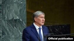 Presidenti i Kirgistanit, Almazbek Atambaev.