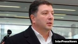 Тбилиси мэрі Гиги Угулава.