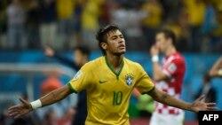 Բրազիլիա – Բրազիլիայի հարձակվող Նեյմարը Խորվաթիայի դեմ խաղում գոլ խփելուց հետո, 12-ը հունիսի, 2014թ․