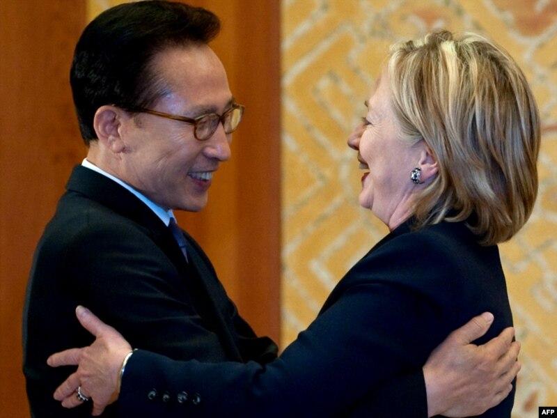 north korean women beautiful. Clinton Warns North Korea Over