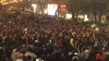 تصویری از تجمع اعتراضی شامگاه شنبه در زنجان