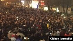 تصاویر منتشر شده در شبکههای اجتماعی از تجمع اعتراضی در زنجان