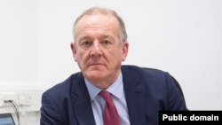 Алед Робертс, Комиссар по вопросам валлийского языка