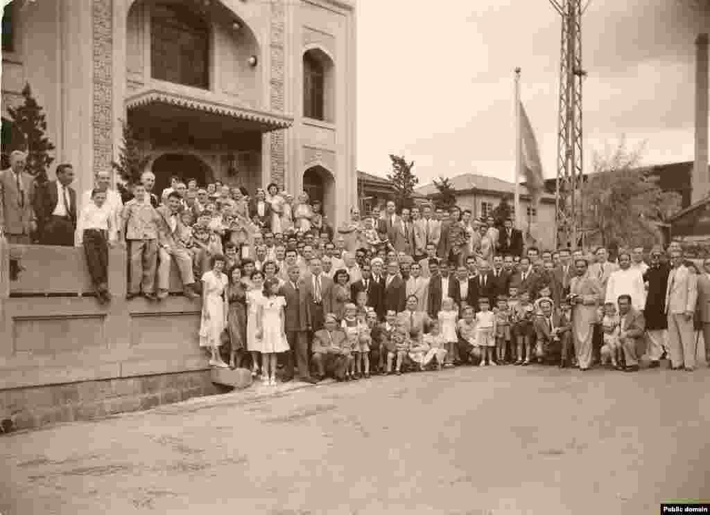 Кобе мәчетен ачу тантанасы. 1935