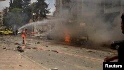 Սիրիա - Ապստամբ զինյալների կողմից հրթիռակոծության հետևանքով հրդեհ է բռնկվել Հալեպի «Ալ-Դաբիթ» ծննդատանը, 3-ը մայիսի, 2016թ․
