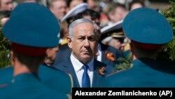 Биньямин Нетаньяху на церемонии у могилы Неизвестного Солдата, Москва, 9 мая 2018 года