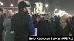 Митинг после голосования на выборах президента РФ в Грозном