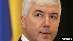 Украинанинг янги Мудофаа вазири Дмитрий Саламатин, Киев, 2012 йил 9 феврал.