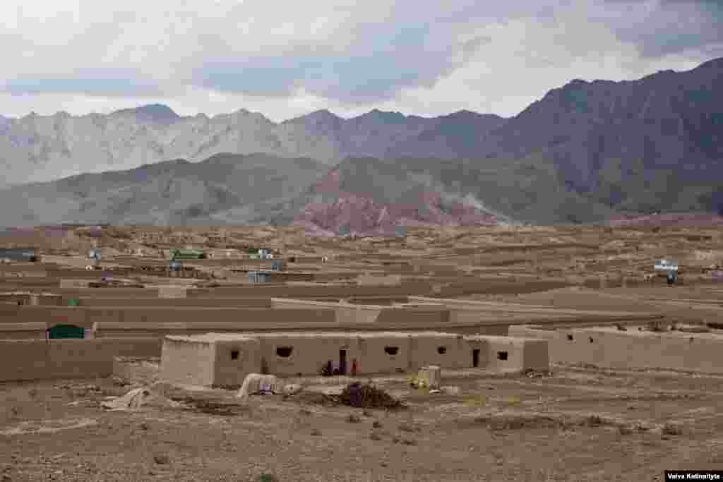 Some returnees have made makeshift dwellings on government land on the outskirts of Kabul.