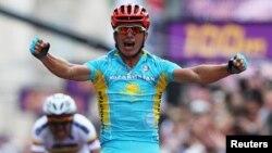 Лондон олимпиадасында алтын алған велоспортшы Александр Винокуров. Лондон, 28 шілде 2012 жыл.