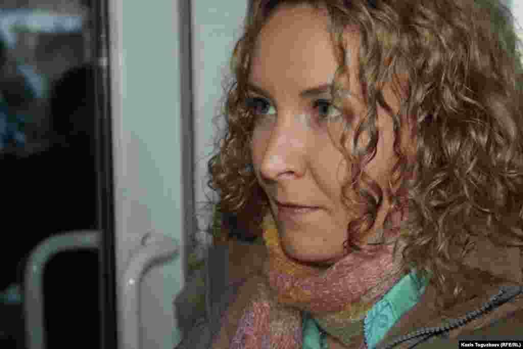 Ақпанның 7-сінде оппозициялық «Рипаблик» газетінің «бас оқырманы» Татьяна Трубачеваға (суретте) «сот шешімін орындамағаны үшін» 20 айлық есептік көрсеткіш (200 доллар) көлемінде айыппұл салынды. Өткен жылы оппозициялық «Голос Республики» газетіне тыйым салынған болатын. Сот 99 данамен шыққан «Рипаблик» газетін осы тыйым салынған басылымның жалғасы деп тапты.