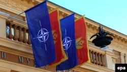 Прапори НАТО і Чорногорії (ілюстраційне фото)