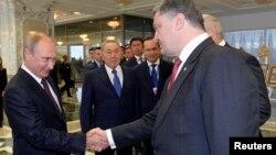 Путін та Порошенко в Мінську