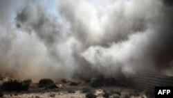 Выбух у горадзе Сідра, у 10 км ад Рас-Лануфа. 10 сакавіка 2011 г.