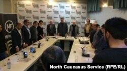 Журналисты почтили минутой молчания память убитых в Кизляре