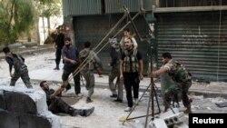 Бойцы Свободной сирийской армии в Алеппо
