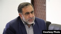محمد علی نوریان، سرپرست دانشگاه آزاد اسلامی، از تایید ۲۵۰۱ رشته این دانشگاه خبر داده بود.