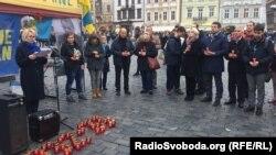 Організатори акції зачитали імена 85 дітей, які загинули під час Голодомору, Прага, 4 листопада 2018 року