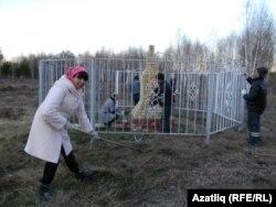 Луиза Шәмсетдинова Искер урынын чистартуда