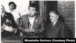 Чыңгыз Айтматов жана тажик акыны Мирзо Турсунзаде.1976-жыл.