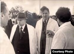 Іван Шамякін і Максім Танк. 1970-я гг. З фондаў БДАМЛМ