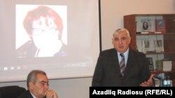 sağda: Kamal Abdulla