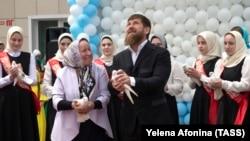 Глава Чечни Рамзан Кадыров привык слышать только хорошие вещи о себе в республике