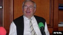 Russia -- Ombudsman Vladimir Lukin, 18Jun2006
