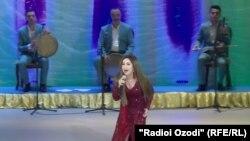 Выступление Севинч на душанбинской сцене. 10 мая 2017 год