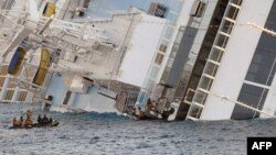 У затонувшего лайнера Costa Concordia