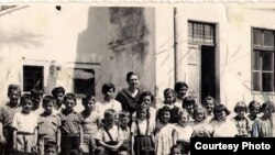 Pupils in front of a schoolhouse in the Istrian village of Susnjevica in 1958, when many are said to have entered school with no Croatian language skills.